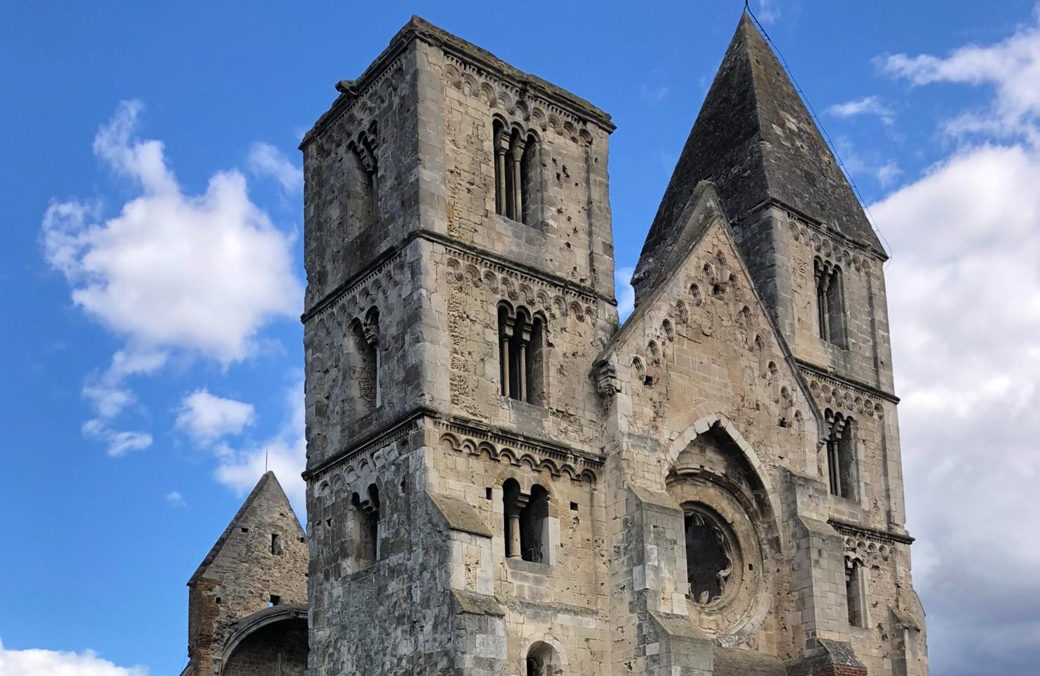 Pest megye legszebb temploma: a Zsámbéki romtemplom